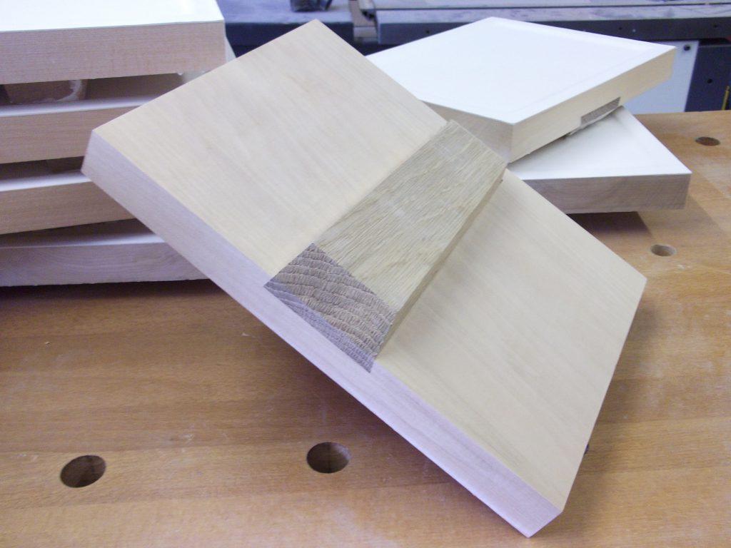 icon board oak brace